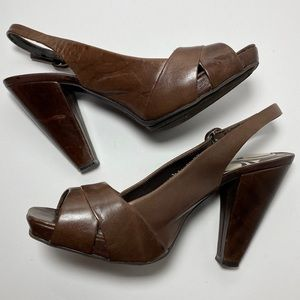 Kenneth Cole Reaction Chip Chop brown Heel 7.5